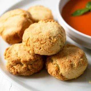 Almond Flour Cheddar Biscuits {Grain Free}